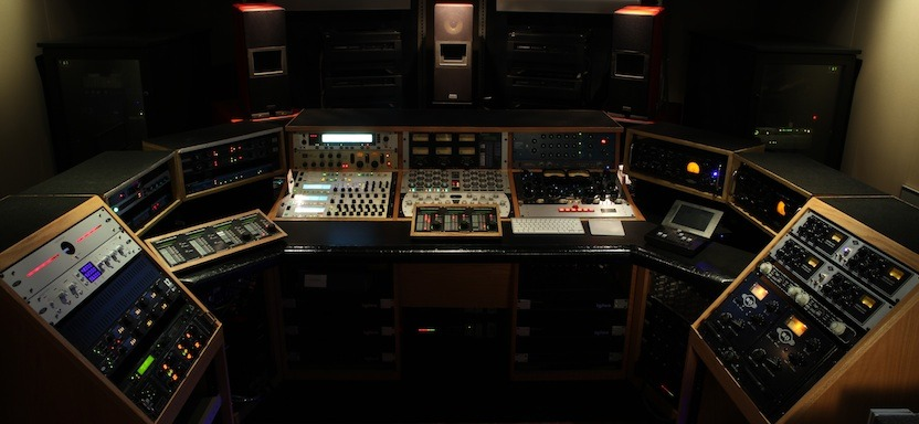 LipinskiSound.com - 5.1 Surround on L-707's in Pasadena, California - Bernie Becker Mastering
